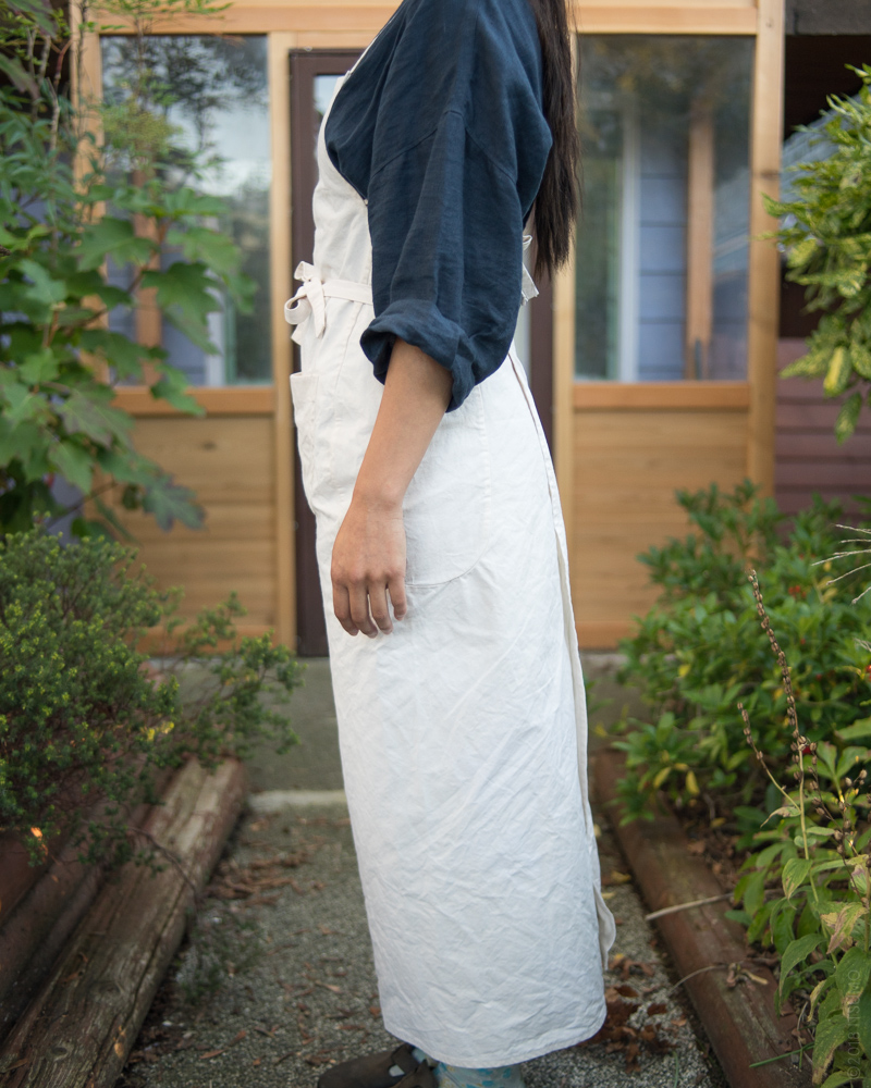 Homspun_Apron_Canvas_Natural_Styling