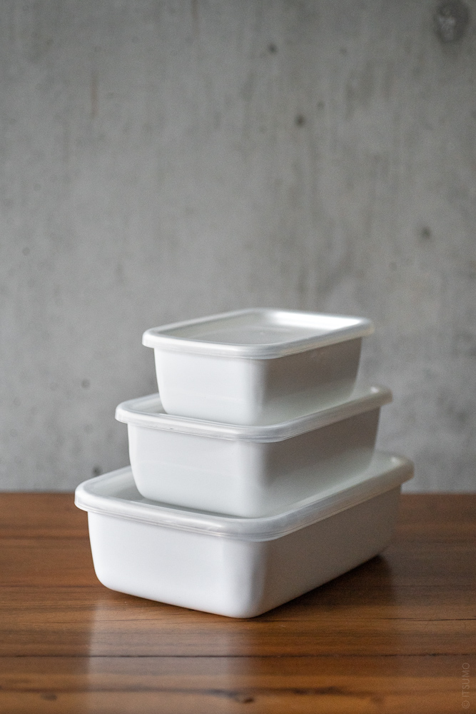 Noda Horo_Enamel Container_Rectangle Deep_top