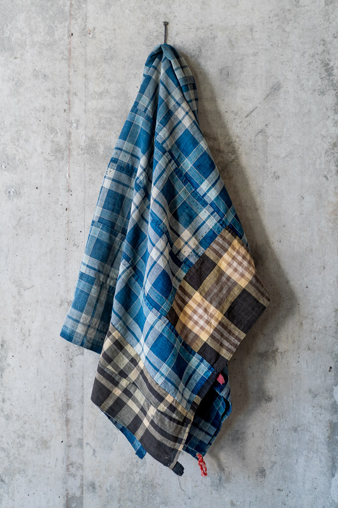Vintage Boro Fabric_Indigo Large Check_top