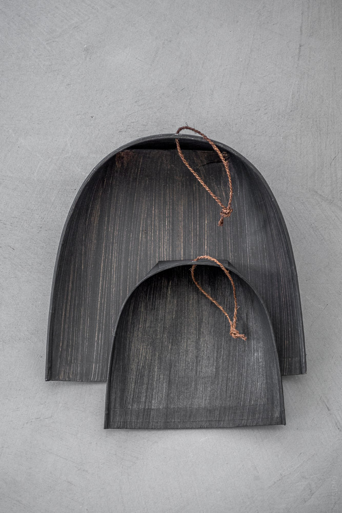 Takada_Harimi Paper Dustpan_black_top
