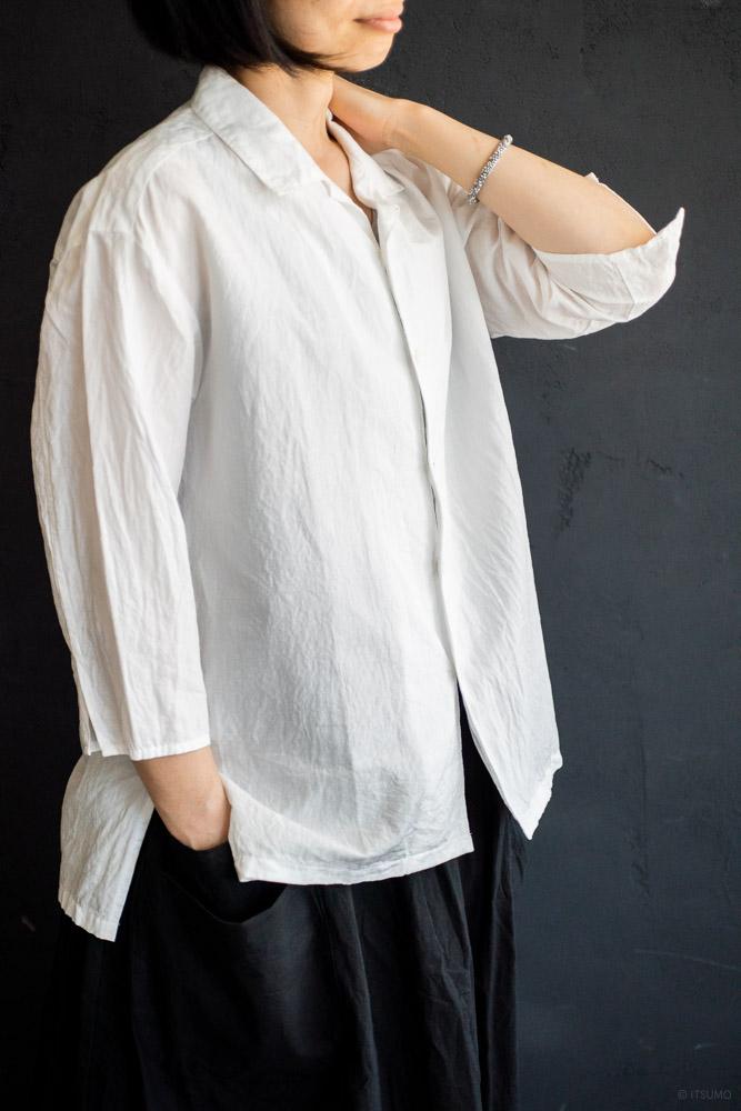 homspun-women's cotton linen open collar shirt with 3-4 sleeve-white