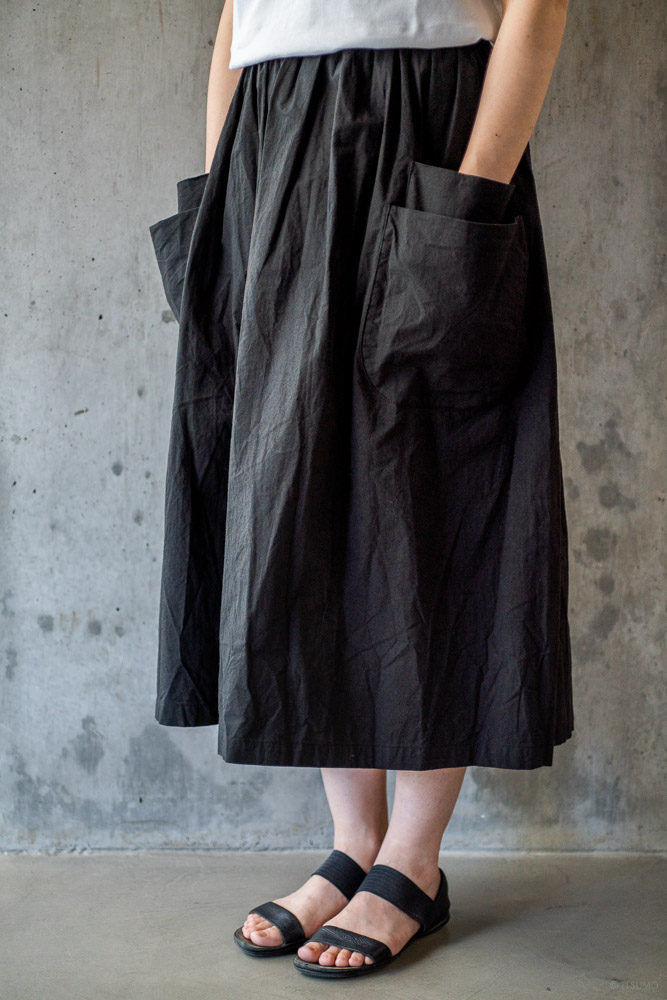 homspun-women's cotton double pocket long skirt-black
